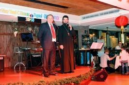 председатель РК Тайвань А. Браславский и настоятель Русского храма на Тайване отец Кирилл